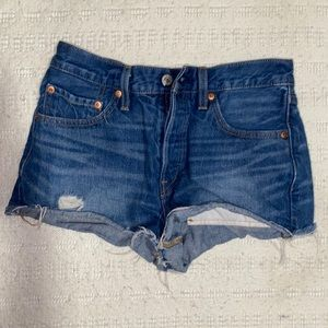 Women Levi's denim shorts